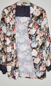 Aritzia Talula Kent Blazer Grey Floral